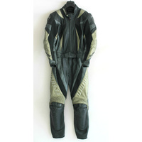 Ladies Dainese 2-Piece Motorbike Leather Suit Size: Small (42)